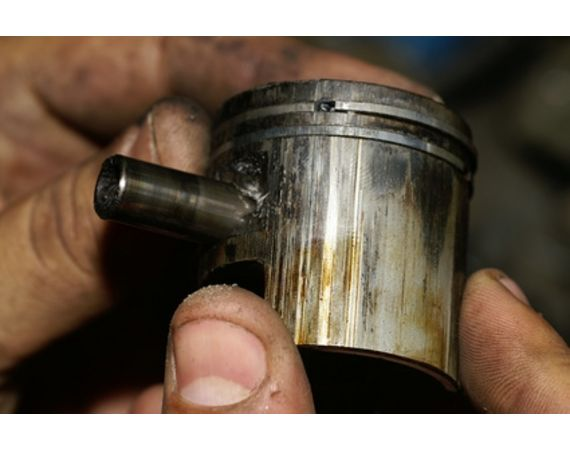 How To Replace A Piston Ring On A Dirt Bike Adrenaline