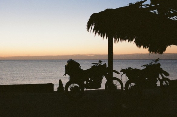 adventure-motorcycles-beach-625x416
