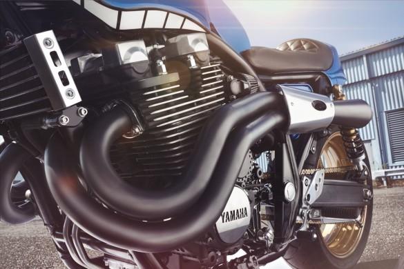 Yamaha-XJR-1300-10-1480x988