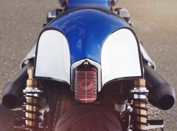 Yamaha-XJR-1300-12-1480x1092