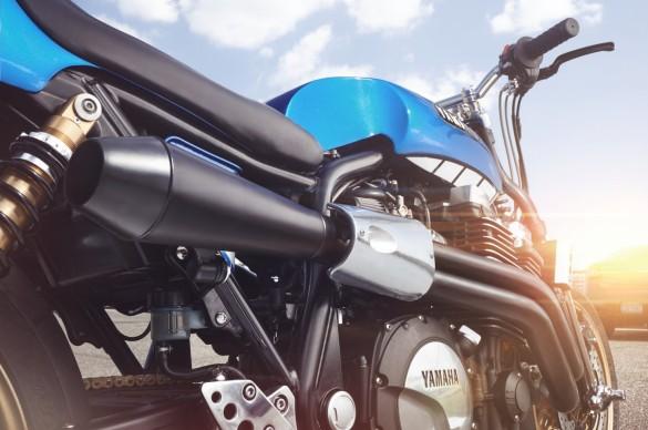 Yamaha-XJR-1300-6-1480x982