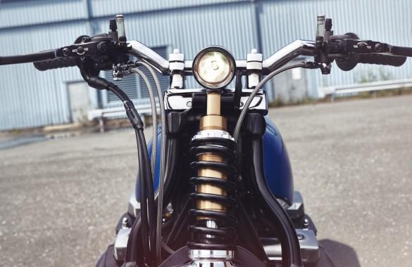 Yamaha-XJR-1300-8-1480x962