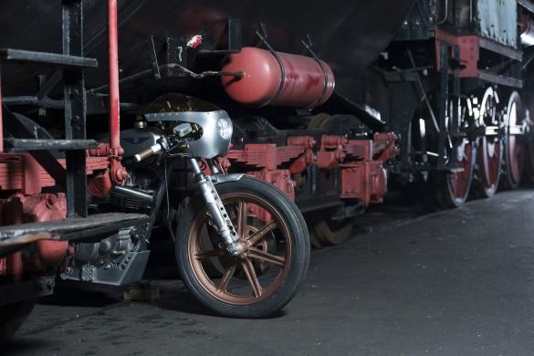 Yamaha_SR500_Custom_Motorcycle_6-1480x987