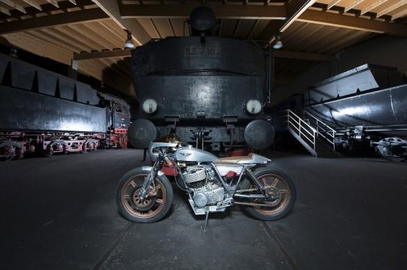Yamaha_SR500_Custom_Motorcycle_9-1480x986
