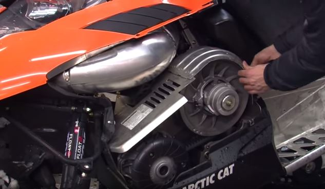 arctic-cat-snowmobile-2012-how-to-change-your-own-belt