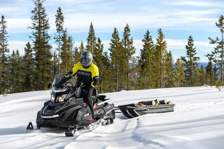 ski-doo-snowmobile-utilizy-2016