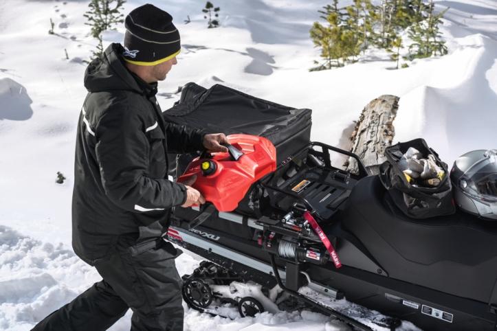 Ski-Doo-PAC-2016_Cross-Utility-Snowmobile
