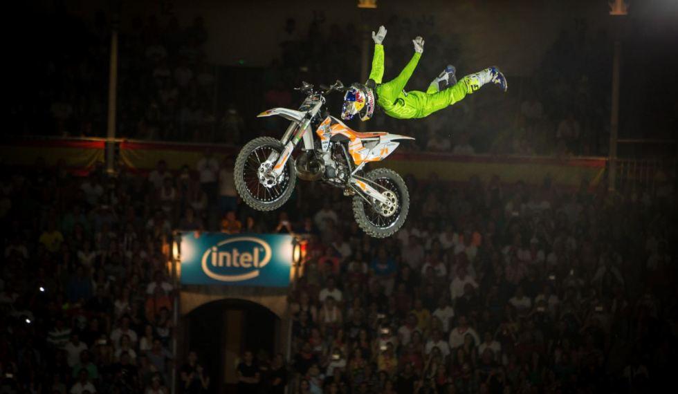 ktm-dirt-bike-jump