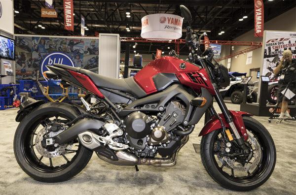 2017-Yamaha-FZ-09-Naked-Sports-Bike
