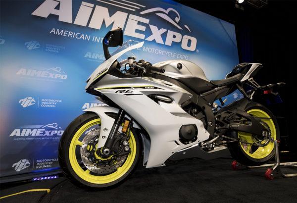 2017-Yamaha-R6-Sports-Bike